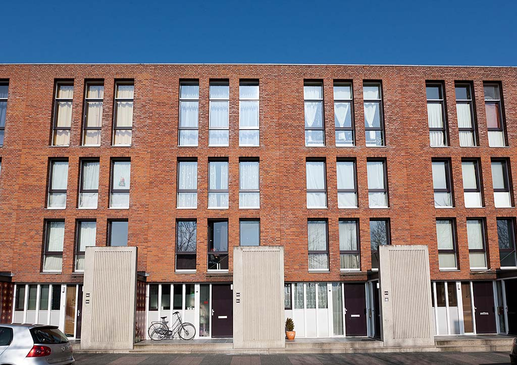 Bijlmerdreef 790-934, Isabella Richaardstraat 2-4